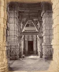 [Interior of the] Small Sar Bahau Temple, [Gwalior]